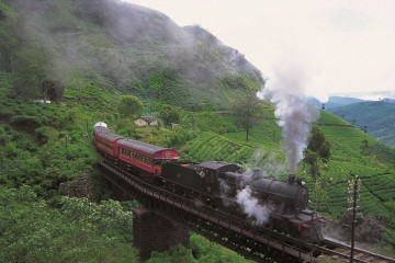 4_train_trips_in_sri_lanka_are_among_the_nost_scenic_beautiful
