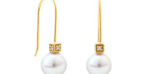 Al Otaiba - Cube Pearls Classic Earrings - Yellow Gold