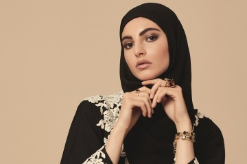 DG_ABAYA_beauty_PRESSE_HD_CMJN-cro