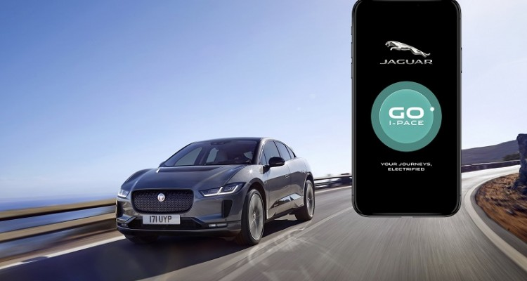 HOW LIVING WITH THE I-PACE IS EASIER THAN EVER_ENG (3)