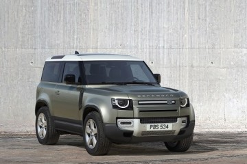New Land Rover Defender at DIMS   (3)