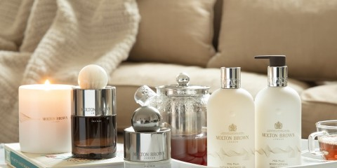 Molton Brown- Milk Musk Visual 5