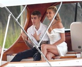 *PREMIUM-EXCLUSIVE* Wedding bells for Bieber and Hailey: Rehearsal dinner arrivals *NO WEB UNTIL FURTHER NOTICE*